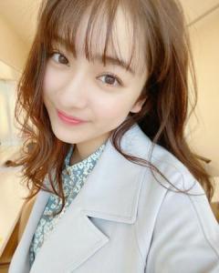 平祐奈、大人っぽい表情&あどけない笑顔に「かわいい」のイメージ画像
