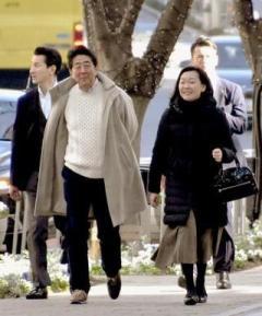 安倍昭恵さん 前首相と映画「プペル」鑑賞「私も見えない星を信じて突き進みたい」のイメージ画像