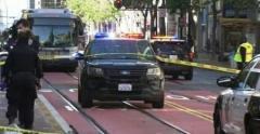今度はサンフランシスコで…「アジア系」の高齢女性2人がバス停留所で刺される=韓国報道のイメージ画像