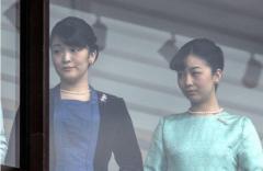 眞子さまの皇籍離脱で公務の引き継ぎ 佳子さまの負担が激増か