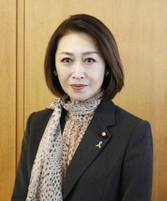 三原じゅん子副厚労相が委員会遅刻 会議5時間以上中断