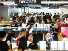 """韓国では免税店が""""ドミノ閉店""""の危機、かつて500億円を目標に掲げた江南店にコロナの影響直撃のイメージ画像"""