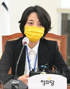「政治にBTSを利用するな」逆風受けた韓国議員、結局謝罪「傷ついた方々がいるならお詫びしたい」のイメージ画像