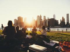 【注意喚起】 全国同時ノーマスクピクニックデーが5月1、2日に各地の公園などで開催へのイメージ画像