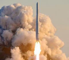 韓国、国産ロケット初打ち上げも衛星軌道投入に失敗 文大統領は「成果」強調のイメージ画像