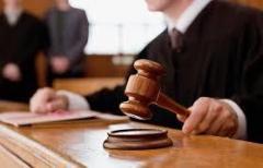 娘を性的暴行の父に無罪判決、識者「常識的な感覚を欠く」