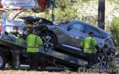 ウッズ氏の事故車は現代自「ジェネシス」SUV 現地で注目のイメージ画像