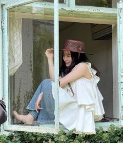 橋本環奈、天使降臨な白タンクトップ姿に「可愛すぎる」の声続出のイメージ画像