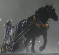 「騎手が馬の頭部をける」ばん馬を思っての行動か虐待か…線引き難しい問題 ミスリードした報道には疑問のイメージ画像