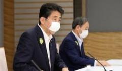 東京都の感染者100人超でも…小池知事はまさかの「良い傾向」発言、加藤厚労相は「その数字わからない」、安倍首相は「Hanada」のインタビューに