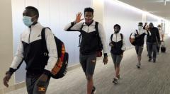ウガンダ選手団、PCR検査1人陽性 成田空港で判明