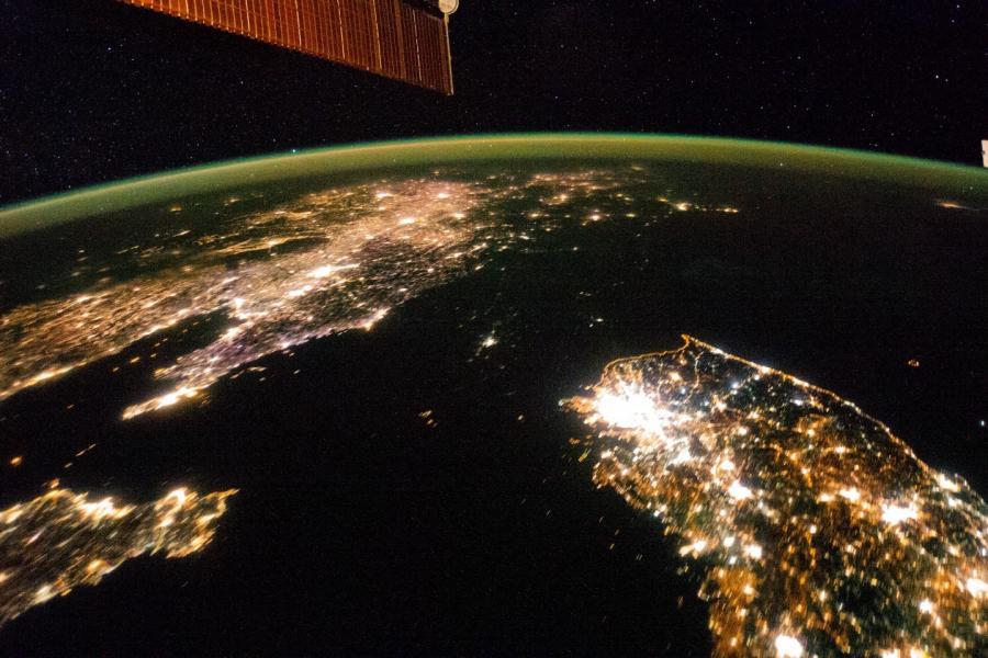 上空から見た朝鮮半島の画像 NASAが公開