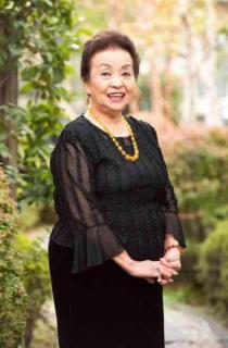 84歳の超熟女AV女優 80歳超で初撮り