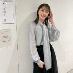 矢田亜希子、商品を見る目がキラッキラ!大好きなコストコで映えまくり!?のイメージ画像