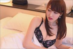 パパ活発覚で大炎上! 元上智大生・森田由乃、下着姿&ホテルの生々しい大胆グラビア