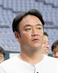 お笑い芸人で焼肉店の経営者、たむらけんじ(48)、65歳以下なのにワクチン接種のイメージ画像