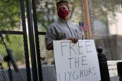 中国、ウイグル族「虐殺」の可能性 米国内在米ウイグル人を中国人が迫害行為のイメージ画像