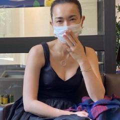 長谷川京子、胸元開いたワンピース姿に失望の声「みっともないの一言」のイメージ画像