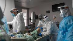 世界の新型コロナ死者200万人超え、累積感染者数は1億人目前