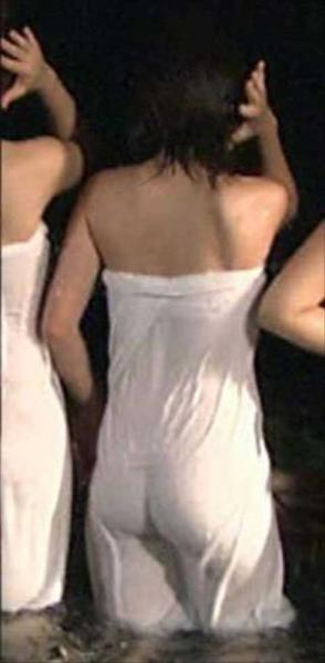 元AKBで女優の川栄李奈、お尻割れ目映像が発掘され話題に!
