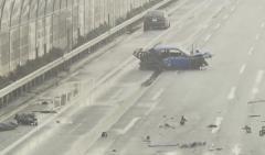 京葉道路で乗用車がガードレールなどにぶつかる死亡事故