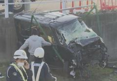 同乗の高校生2人が死亡し女子高生1人も重傷…車で道路脇の田んぼに転落 運転していた18歳少年を逮捕 岐阜・大垣市のイメージ画像